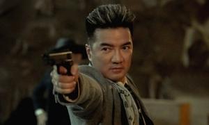 Đàm Vĩnh Hưng hóa ông trùm, đánh đấm như phim Hong Kong