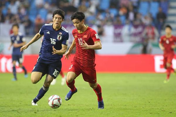 Công Phượng thi đấu xuất sắc trên hang công trong trận gặp Nhật Bản tại Asian Cup 2019.