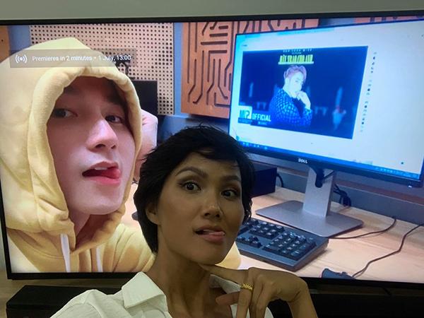 Chứng minh là Sky chính hiệu, HHen Niê nhiệt tình cày view cho MV mới của Sơn Tùng M-TP.