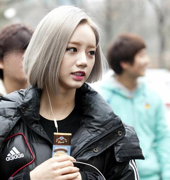 Nhận dạng idol Hàn với mái tóc xám khói