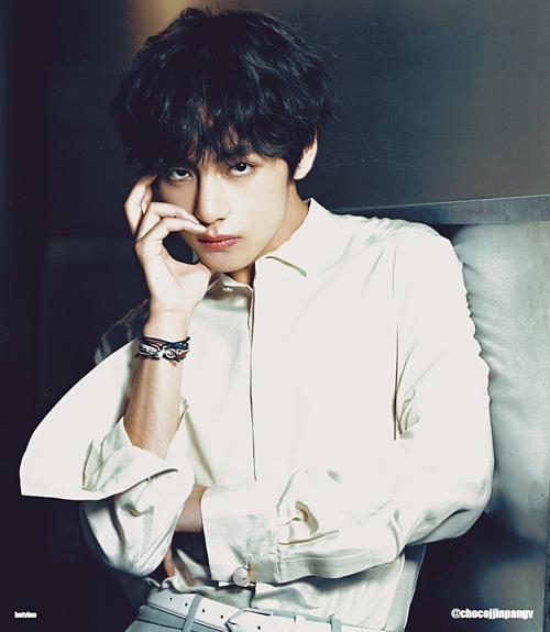 Nam idol từng được ví là ông hoàng biểu cảm của Kpop nhờ tài biến hóa concept linh hoạt.