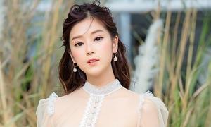 Hoàng Yến Chibi đẹp mong manh chuẩn 'nàng thơ'