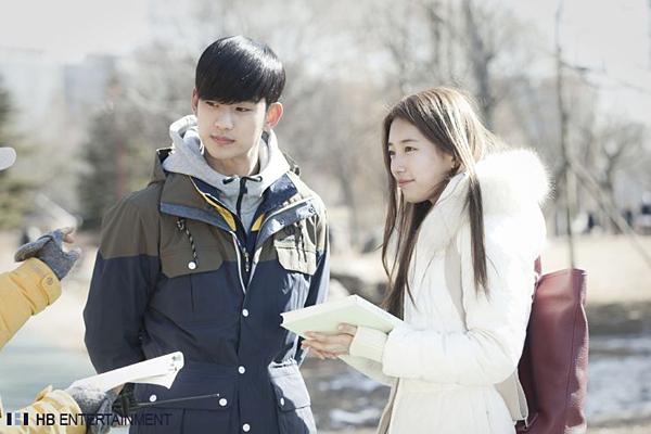 5 màn cameo chỉ lướt qua màn ảnh cũng đủ gây bão trên truyền hình Hàn