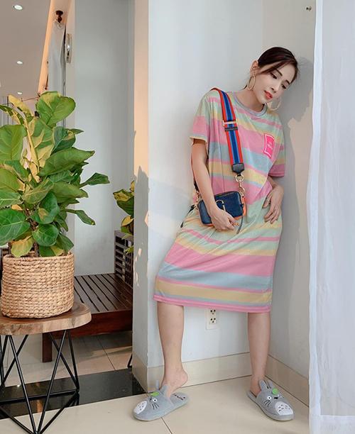 Khả Như miêu tả cách ăn mặc của mình là style bà bầu.