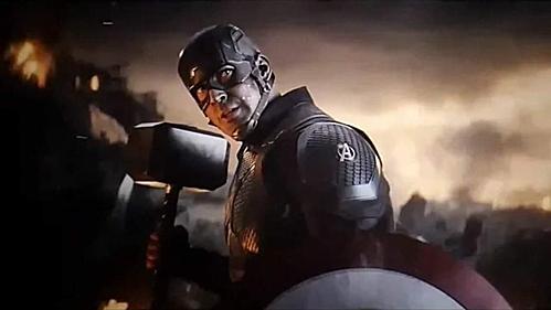Captain Ameria tay khiên, tay búa trong Avengers: Endgame.