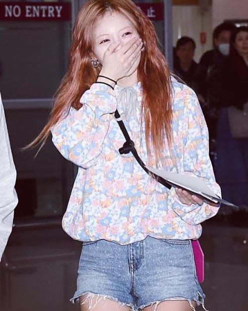 Kể cả khi xuất hiện tại sân bay, HyunA cũng