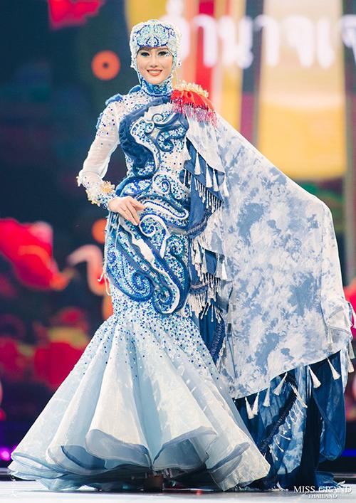 Trang phục dân tộc độc đáo của thí sinh Miss Grand Thailand 2019