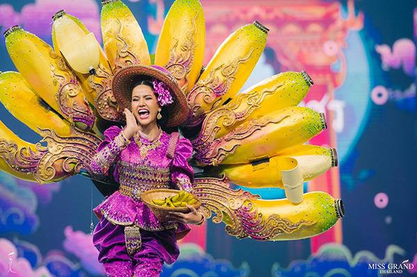 Trang phục dân tộc độc đáo của thí sinh Miss Grand Thailand 2019 - 9