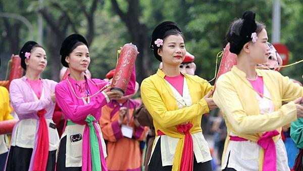 10.000 người tham gia Lễ hội đường phố năm nay.