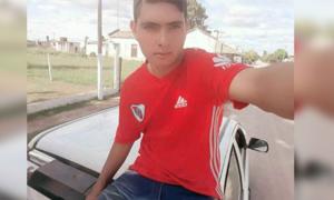 Thủ môn 17 tuổi của Argentina đột tử sau pha cản phạt đền