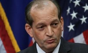 Bộ trưởng Mỹ từ chức vì liên quan đến bê bối ấu dâm của tỷ phú Jeffrey Epstein