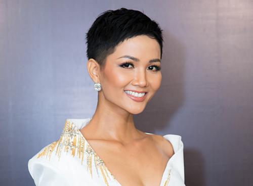 Kiểu tóc ngắn nham nhở của HHen Niê từng khiến công chúng lo lắng trước thời điểm dự thi Miss Universe 2018.