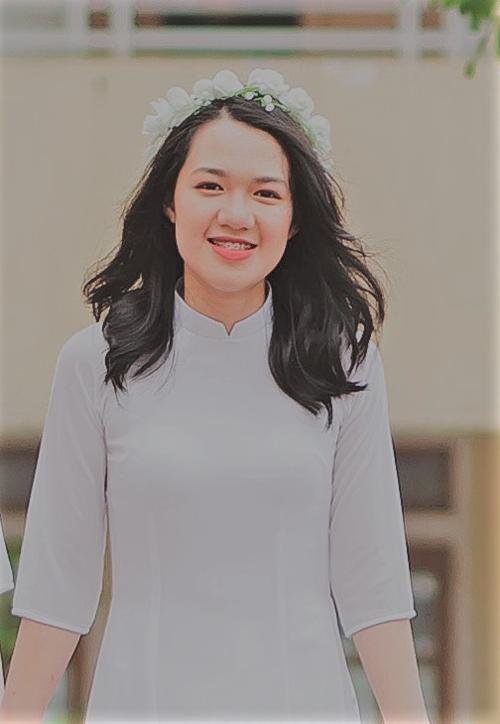 Nguyễn Quỳnh Trang - Thủ khoa khối A1 toàn quốc.