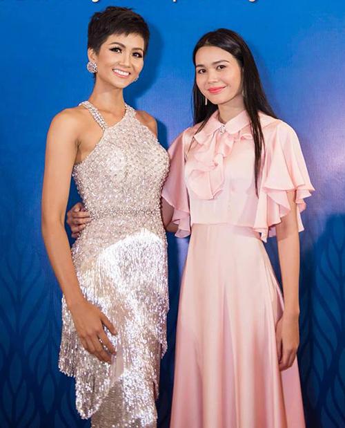 HBella HĐơk (sinh năm 1992) là gương mặt gây chú ý nhất trong những thí sinh đầu tiên của Hoa hậu Hoàn vũ Việt Nam 2019.