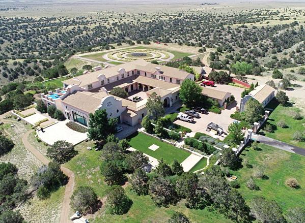 Trang trại ở New Mexico của Epstein trị giá 17 triệu USD.