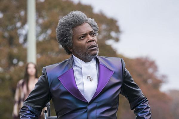 Nhân vật Elijah Price tưởng như vô hại lại là vai phản diện chính.