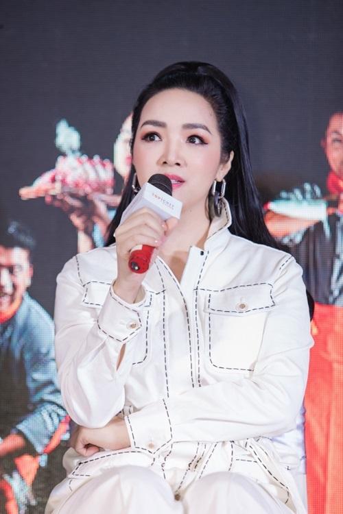 Lý Nhã Kỳ: Yêu ẩm thực Việt đến mức đi nước ngoài cũng mang theo mắm tôm - 3