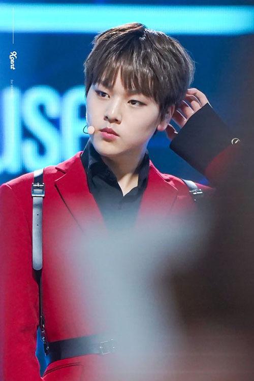 Do Hyun được các giáo viên hướng dẫn gọi là thiên tài khi thuần thục các kỹ năng rap, nhảy dù với 15 tuổi. Dù mới 15 tuổi nhưng nam thực tập sở hữu hình thể nam tính, khí chất sexy trên sân khấu.