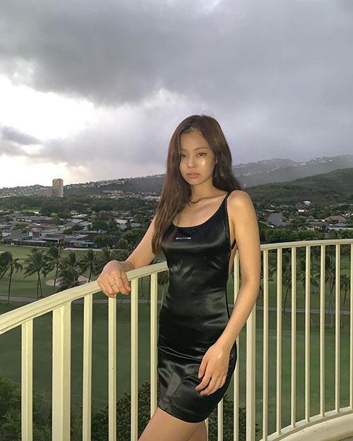 Bức ảnh của Jennie trở thành chủ đề hot trên mạng xã hội.