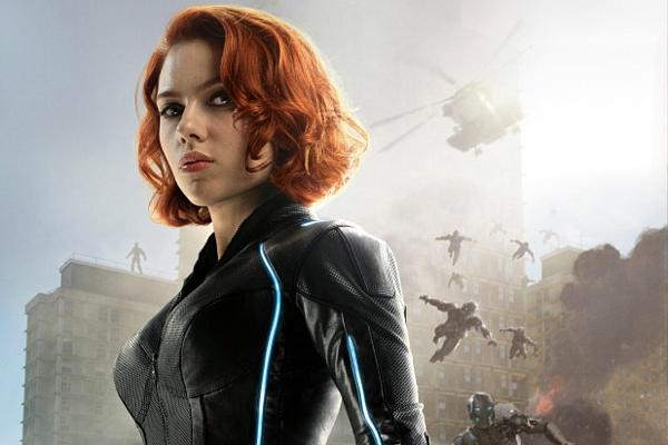 Scarlett Johansson thủ vai Black Widow.