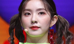 Cận cảnh da mặt sao Hàn: Irene lộ mụn li ti, Wendy 'không tì vết'