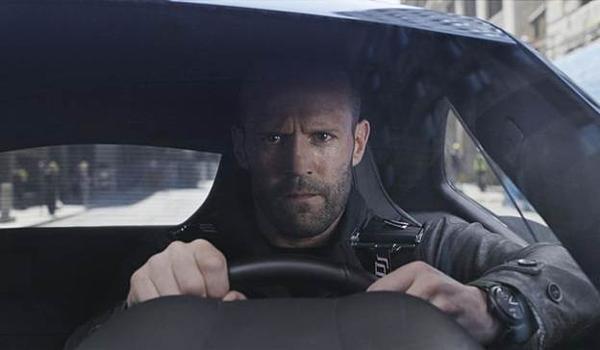 Kẻ phản diện Deckard Shaw do Jason Statham thủ vai.