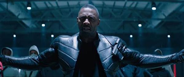 Người đàn ông quyến rũ nhất hành tinh Idris Elba trong vai phản diện Brixton.