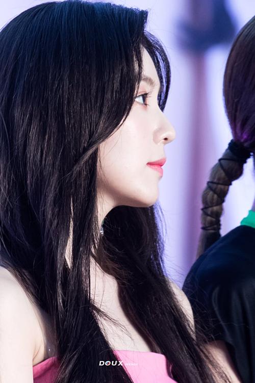 Góc nghiêng của Irene đốn tim người hâm mộ.