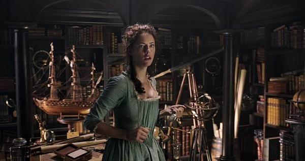 Kaya thủ vai một học giả thiên văn học trong Pirates of the Caribbean: Dead Men Tell No Tales