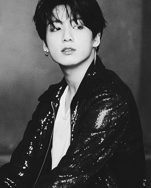 Những khoảnh khắc sao Kpop như bước ra từ thập niên 1990 - 4