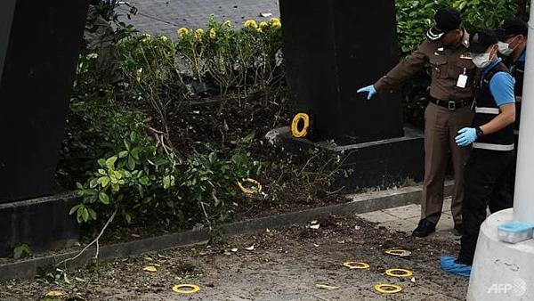Hiện trường vụ nổ hàng loạt tại thủ đô Bangkok - 4