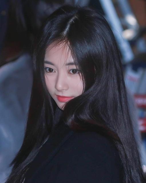 Những khoảnh khắc sao Kpop như bước ra từ thập niên 1990 - 3