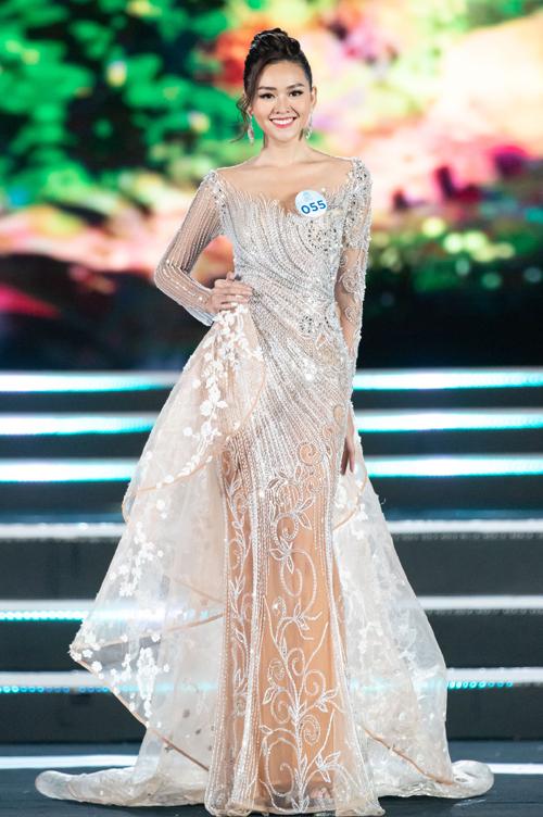 Ngôi vị Á hậu 2 Miss World Việt Nam 2019 thuộc vềNguyễn Tường San (sinh năm 2000), cựu học sinh THPT Phan Đình Phùng (Hà Nội), hiện là sinh viên Đại học RMIT.