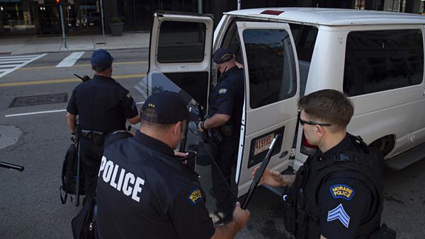 Xả súng hàng loạt tại Ohio 9 người thiệt mạng