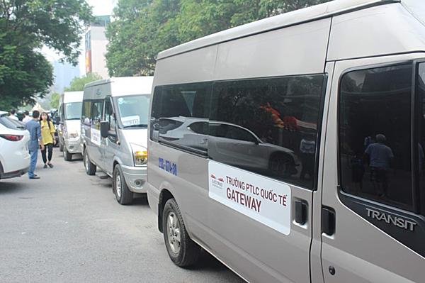 Loại xe dùng đưa đón học sinh của trường Gateway.