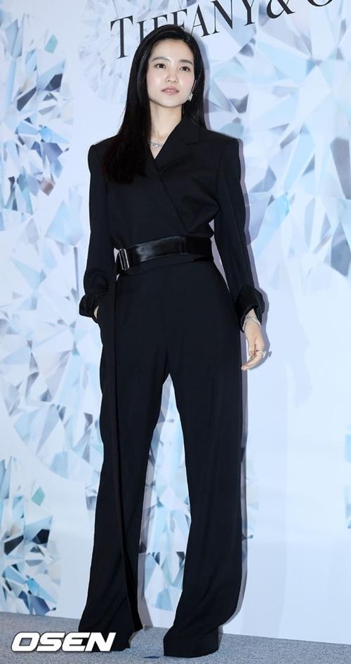 Ngọc nữ điện ảnh Hàn được khen ngợi về khí chất độc nhất vô nhị