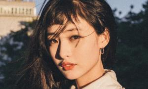 Nữ thần tượng Hàn công khai thuộc giới tính thứ ba