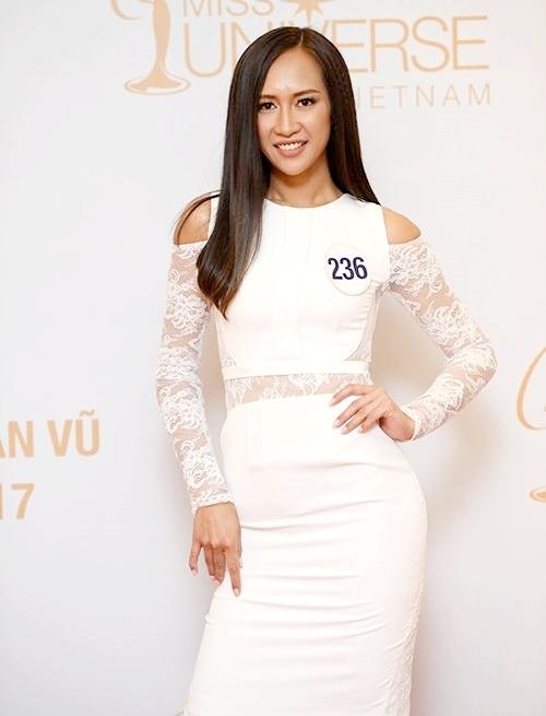 Nguyễn Thị Anh quyết định quay trở lại Hoa hậu Hoàn vũ Việt Nam một lần nữa sau thành tích top 15 năm 2017. Trong hai năm qua, cô dồn sức cho việc rèn luyện hình thể. Hiện cô cao 1,83 m. Số đo ba vòng là 88-63-96.