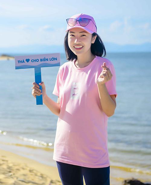 Theo số liệu thống kê vào tháng 6/2019 của Tổng cục Biển và hải đảo Việt Nam, nước ta là quốc gia đứng thứ 4 thế giới về xả rác thải nhựa ra biển. Mi Soa mong muốn được trả lại vẻ đẹp tự nhiên cho biển Việt Nam.