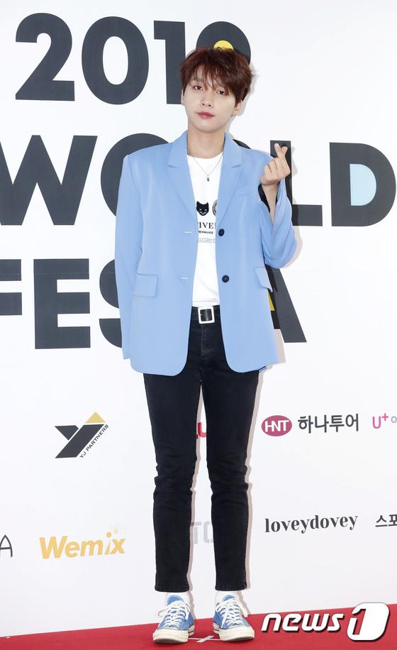 Thảm đỏ K-World Festa 2019 - 11