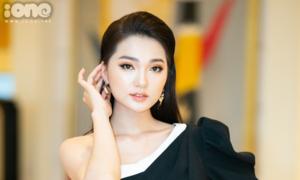 Ngọc Nữ: 'Tôi rất khó chịu khi bị gọi 'bạn gái tin đồn Phan Văn Đức'