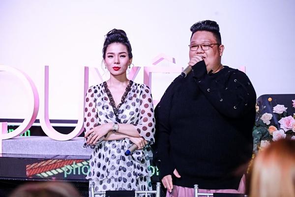 Vương Khang là đạo diễn show Hẹn nhau ngày đó.