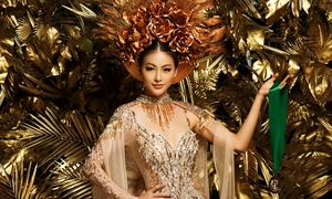 Phương Khánh mặc lại trang phục từng chiến thắng ở Miss Earth
