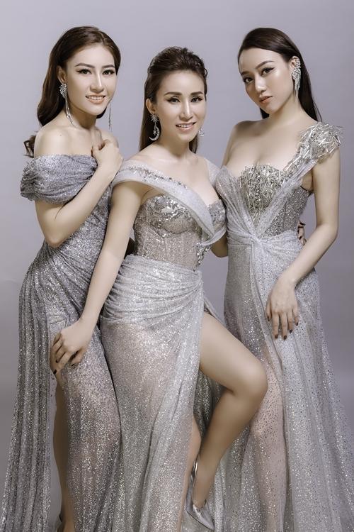 Thu Ngọc (giữa) và hai thành viên mới của Mây Trắng phiên bản 2019.