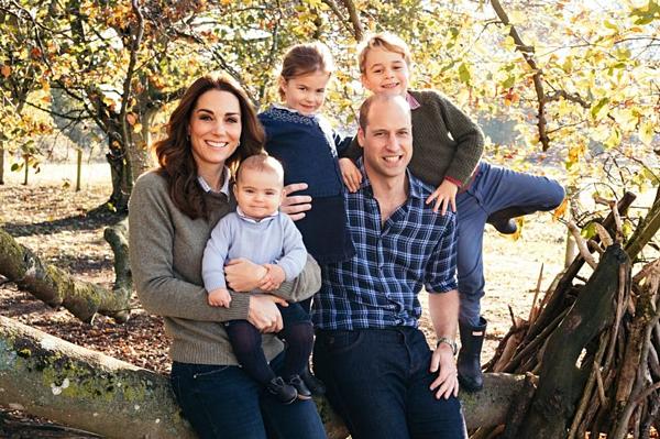 Gia đình nhà hoàng tử Anh, William và Kate.