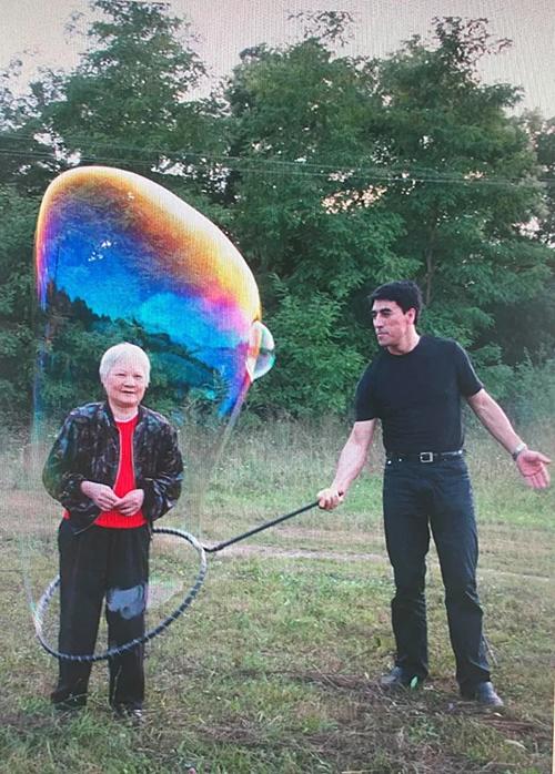 Fan Yang và mẹ.