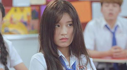 Han Sara trong phim Siêu quậy có bầu.