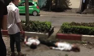 Xe máy chở 5 sinh viên đâm vào dải phân cách, 4 người chết