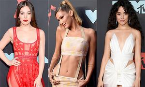 Thảm đỏ VMAs 2019: Cuộc đua váy áo gợi cảm của các mỹ nhân
