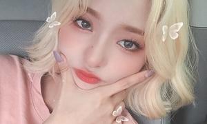 Áo màu gì đánh mắt màu đó - mốt trang điểm tinh tế của idol Hàn